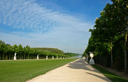 Главный бульвар парка на Версале Стоковая Фотография