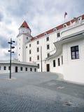 Главный двор замка Братиславы, Словакии стоковое изображение rf