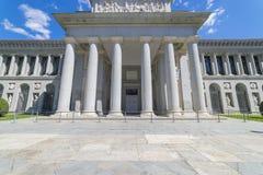 Главный фасад музея Prado, старая художественная галерея в Испании, Madri стоковая фотография