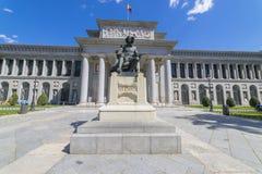 Главный фасад музея Prado, старая художественная галерея в Испании, Madri стоковые фото