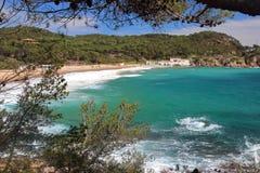 Главным образом взгляд пляжа человеческого замка, одного из самых изумительных виргинских пятен взморья La Costa Brava, ³ s Palam Стоковые Изображения RF