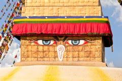 Глаза Будды на Shree Boudhanath Kathmandu Непале Стоковые Изображения
