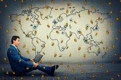 Глобальная виртуальная валюта стоковое изображение