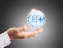 Глобус, земля в руке Стоковое фото RF