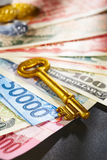гловальный ключ к богатству Стоковое Изображение