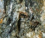 Глубоко трещиноватая порода Стоковое фото RF