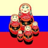 Гнездят кукла против русского флага иллюстрация вектора