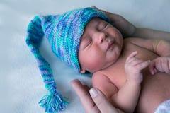 Гном beanie Newborn мальчика голубой стоковая фотография