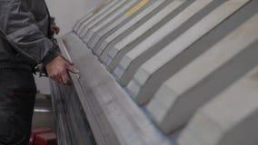 Гнуть тормоза прессы CNC abcant сток-видео