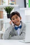 говорить телефона бизнесмена сь Стоковое фото RF