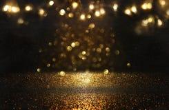Год сбора винограда яркого блеска освещает предпосылку черное золото де-сфокусированный бесплатная иллюстрация