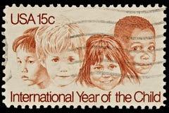 год штемпеля ребенка международный почтовый Стоковое фото RF