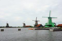 Голландия, ветрянки Zaanse Schans стоковое изображение