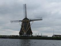 Голландская ветрянка, Alphen вертеп Rijn Стоковые Изображения RF