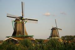 Голландские ветрянки на Zaanse Schans в Нидерландах Стоковое Изображение