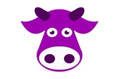 Голова коровы руки вычерченная фиолетовая Изолированный вектор животноводческой фермы иллюстрация штока