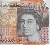 Голова ферзя на наличных деньгах денег 10 фунтов примечания Стоковое фото RF