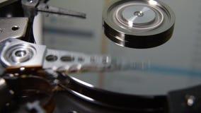 Голова чтения дисковода жесткого диска видеоматериал