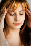 головная боль ужасная стоковое фото rf