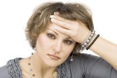 головные детеныши женщины боли стоковая фотография rf