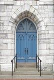 голубая дверь церков Стоковые Фотографии RF