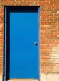 голубая дверь Стоковое Изображение