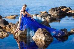 голубая девушка фантазии платья Стоковые Изображения