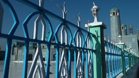 Голубая загородка окружая цитадель видеоматериал