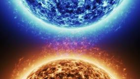 Голубая звезда против красной звезды Красная поверхность солнца с солнечными вспышками против голубого солнца изолированного на ч акции видеоматериалы
