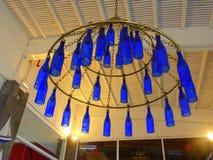 Голубая люстра света бутылки Стоковая Фотография