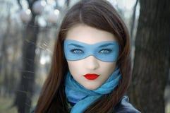 голубая маска девушки Стоковые Изображения