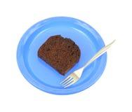 голубая плита вилки шоколада торта Стоковое Изображение RF