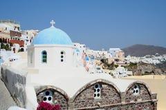 голубая приданная куполообразную форму церковь Стоковое Изображение