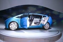 голубая принципиальная схема гибридный Тойота x автомобиля Стоковые Фотографии RF