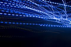 Голубая светлая предпосылка скорости следа и концепции взаимодействия стоковое изображение rf