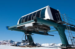 голубая станция неба лыжи подъема Стоковые Фото
