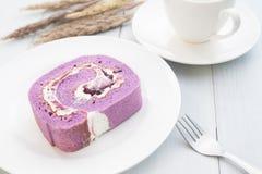 Голубики торт, перерыв на чашку кофе, концепция образа жизни стоковая фотография rf