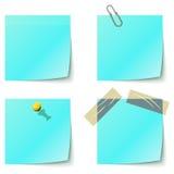 голубое извещение завертывает липкое в бумагу Стоковое Изображение RF