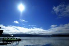 Голубое небо летом стоковая фотография rf