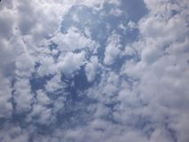 голубое небо облака Стоковое Изображение