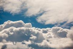 Голубое небо с облаками стоковая фотография rf