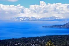 голубое озеро Стоковые Фотографии RF