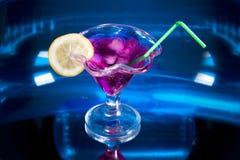 голубое питье коктеила Стоковые Изображения RF