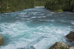 Голубое река rushng стоковое фото rf