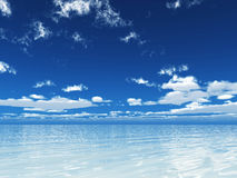 голубое ясное небо морей Стоковые Фотографии RF