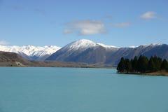 голубое pukaki озера Стоковые Изображения