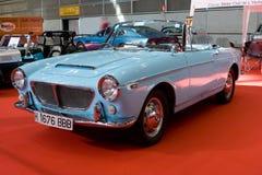 голубой автомобиль с откидным верхом Стоковые Фотографии RF