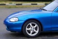 голубой автомобиль Стоковая Фотография