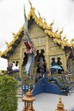 Голубой висок или Wat Rong Suea 10 Chiang Rai расположены на Стоковая Фотография
