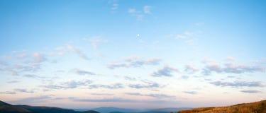голубой восход солнца неба панорамы стоковое изображение